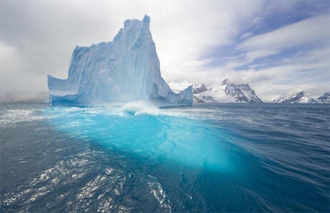 Таяние айсбергов из-за воды
