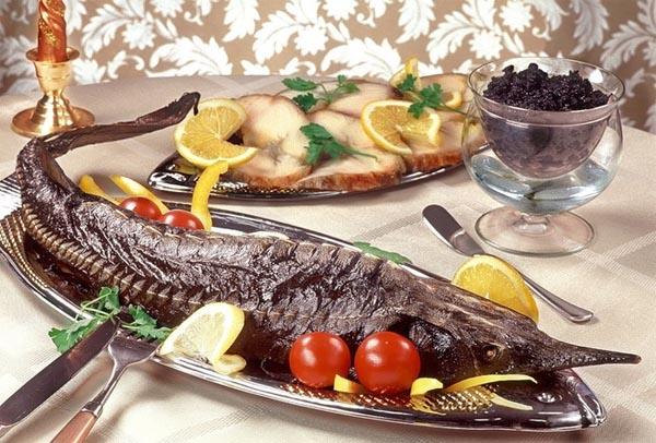 Блюдо из осетрины