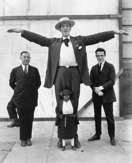 Франческо Лентини - мужчина с тремя ногами