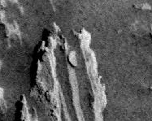 Марс, артефакты, монета на Марсе, Curiosity