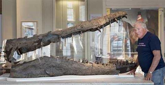Кеван, динозавры, археология, Кеван Шихан