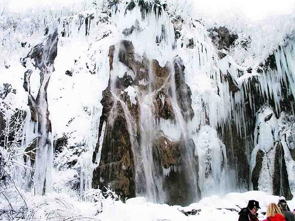 Замерзший водопад, чудеса, Соунке