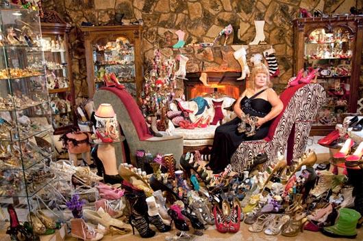 Дарлин Флинн, коллекция обуви, Удивительные люди