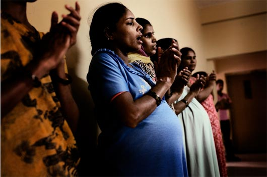 Завод младенцев в Индии, запрещенная наука