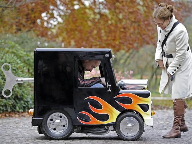 самый маленький автомобиль в мире, wind up, перри уоткинс
