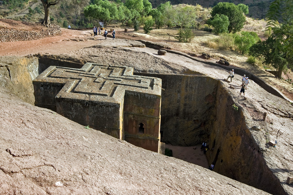 храмы лалибелы, храм в скале