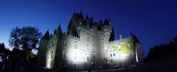 Glamis_castle-2