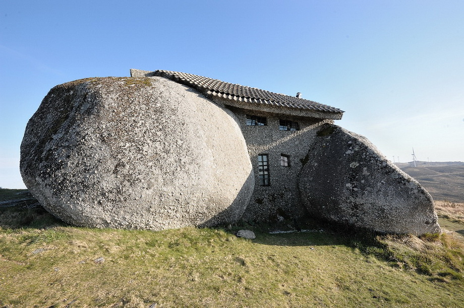 Dom-kamen