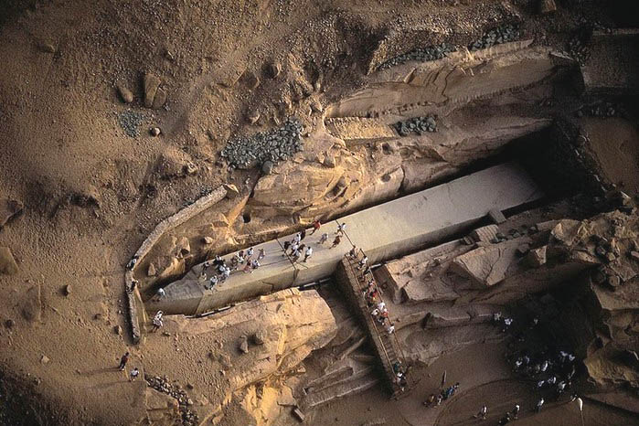 asuanskij-obelisk