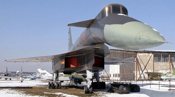 бомбардировщик t-4, бомбардировщик су-100, ссср, война