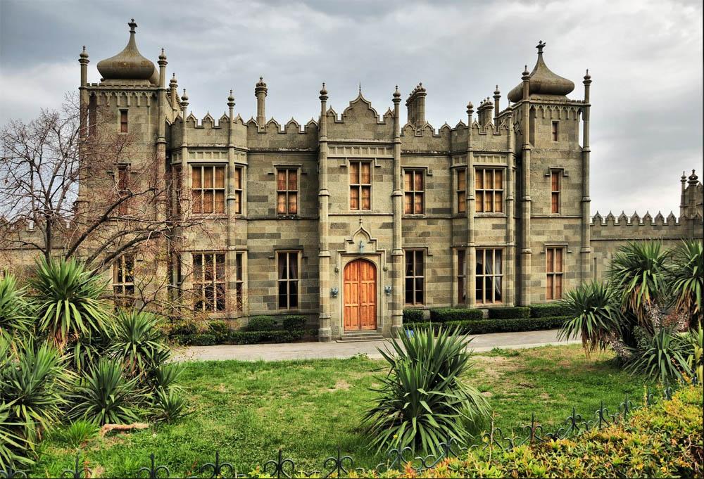 воронцовский дворец, долерит, удивительные строения, крым