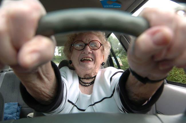 пожилые водители, Удивительные люди