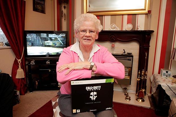 Дорин Фокс, бабушка-геймер, удивительные люди